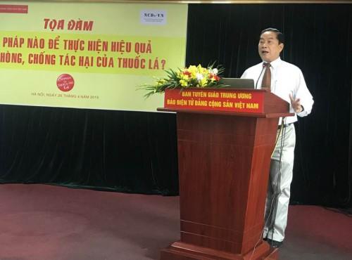 Bác sĩ Nguyễn Trọng An, Phó Giám đốc Trung tâm Nghiên cứu và Đào tạo Phát triển Cộng đồng, điều phối Liên minh NCDs-VN phân tích ảnh hưởng của CNTL đến các chính sách kiểm soát thuốc lá tại Việt Nam