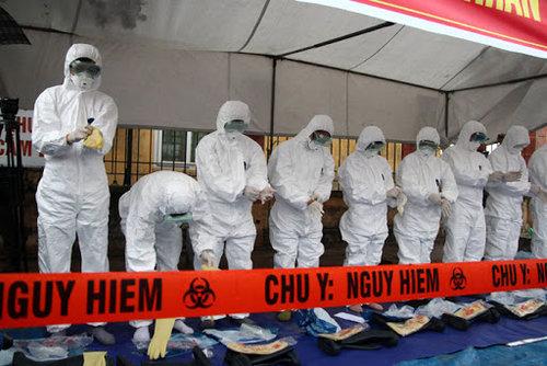 Diễn tập chống dịch Covid-19 ở Hà Nội. Nguồn: Kinh tế đô thị.