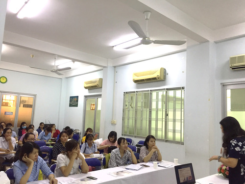 Training health workers of commune level for data collection