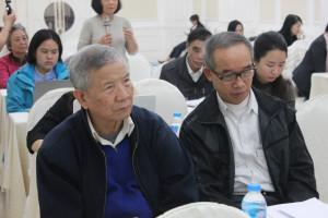 Bác Đặng Đình Hiến – Đại diện cộng đồng người dân sống trong môi trường ô nhiễm nặng do hoạt động sản xuất của Xưởng sản xuất Dép Nam Định, chia sẻ những khó khăn trong quá trình giám sát việc thực thi các chính sách sức khỏe, môi trường